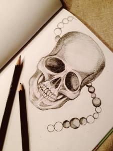 Pearl Skull